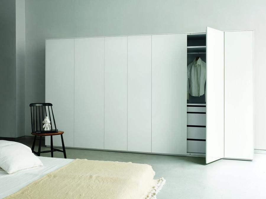 nobilia besenschrank k chengestaltung kleine k che. Black Bedroom Furniture Sets. Home Design Ideas